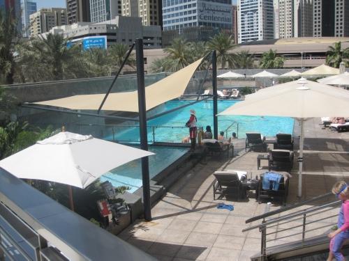 Jumeirah Emirates Towers pool review