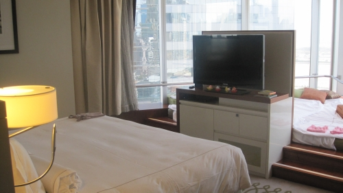 Jumeirah Emirates Towers suite review