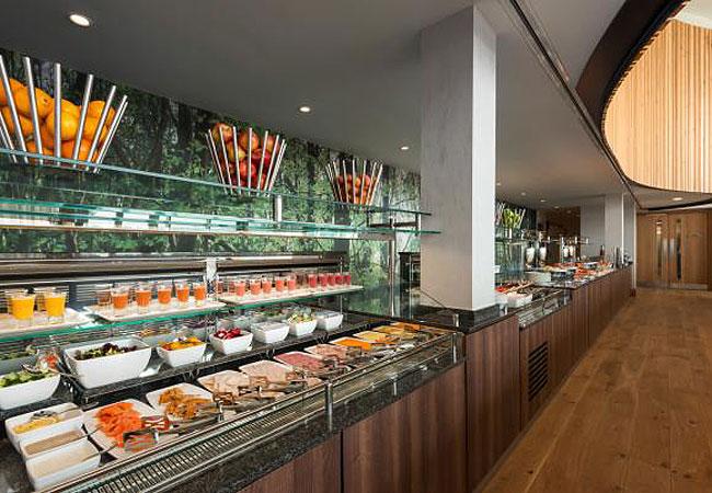 Hilton St Georges Park breakfast review