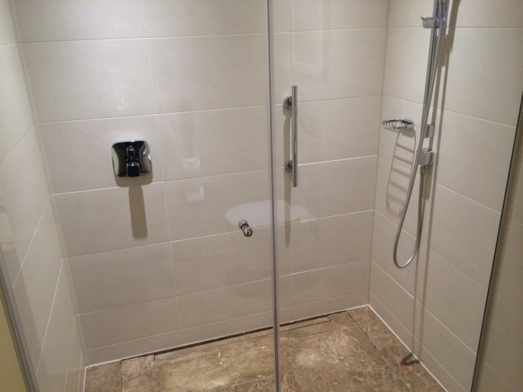 Conrad London St James shower