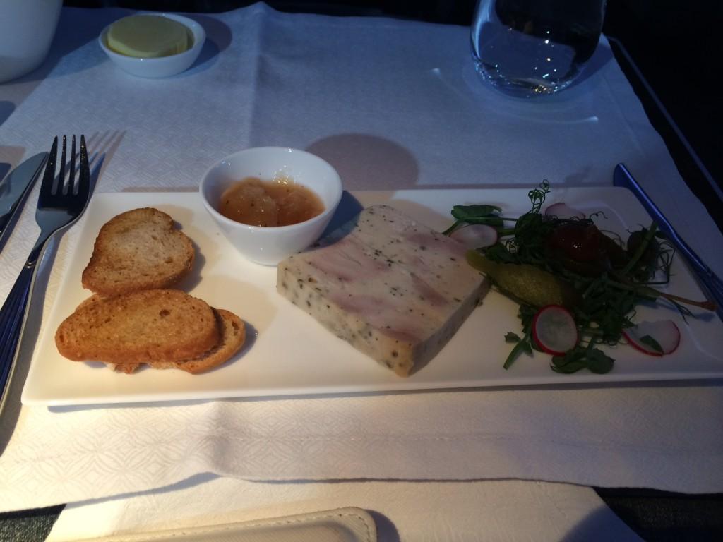 Qatar Airways 777 appetiser