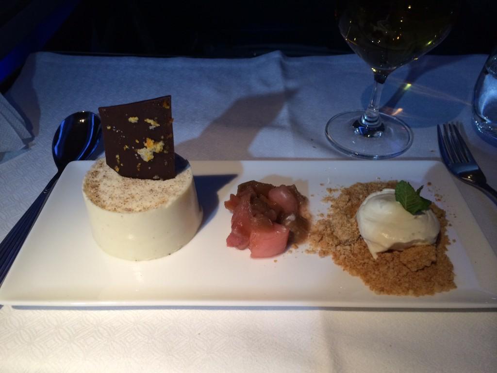 Qatar Airways 777 dessert