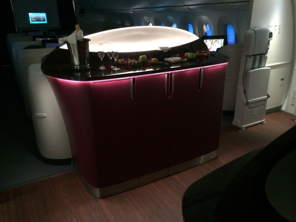 Qatar Airways 787 business class review - bar big