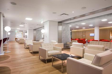 Qantas British Airways first class lounge Los Angeles