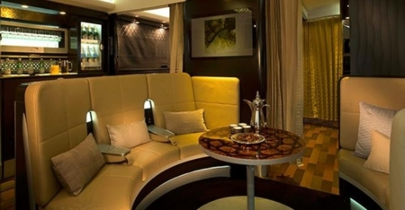 Emirates A380 bar lobby 2