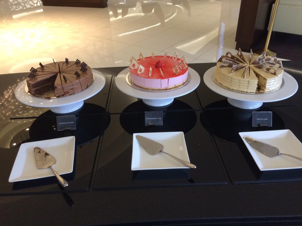 Etihad Premium Lounge Abu Dhabi buffet 3