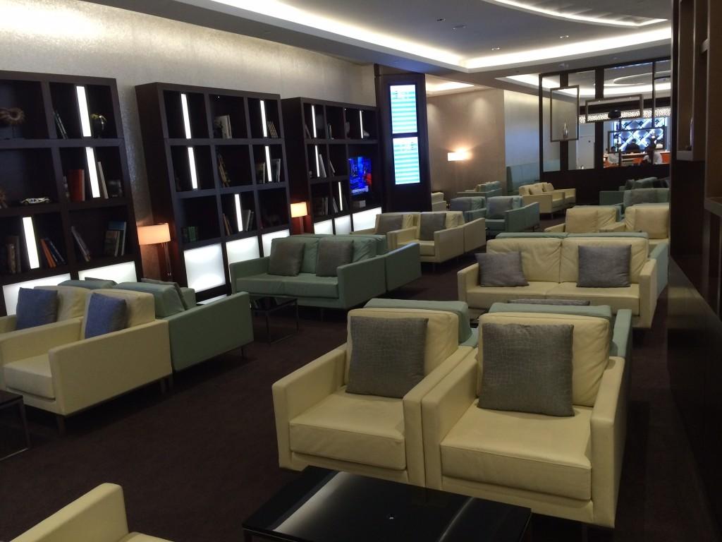 Etihad Premium Lounge Abu Dhabi seats