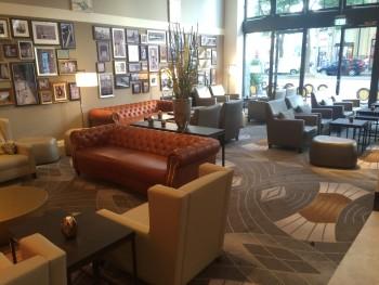 Hotel Reichshof Hamburg lobby bar