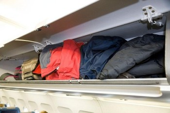Overhead locker