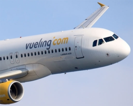 Will I earn Avios and tier points on a Vueling flight?