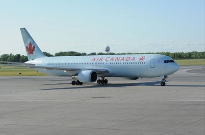 Air Canada Boeing 767 business class review