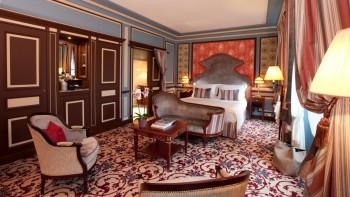 InterContinental Bordeaux bedroom