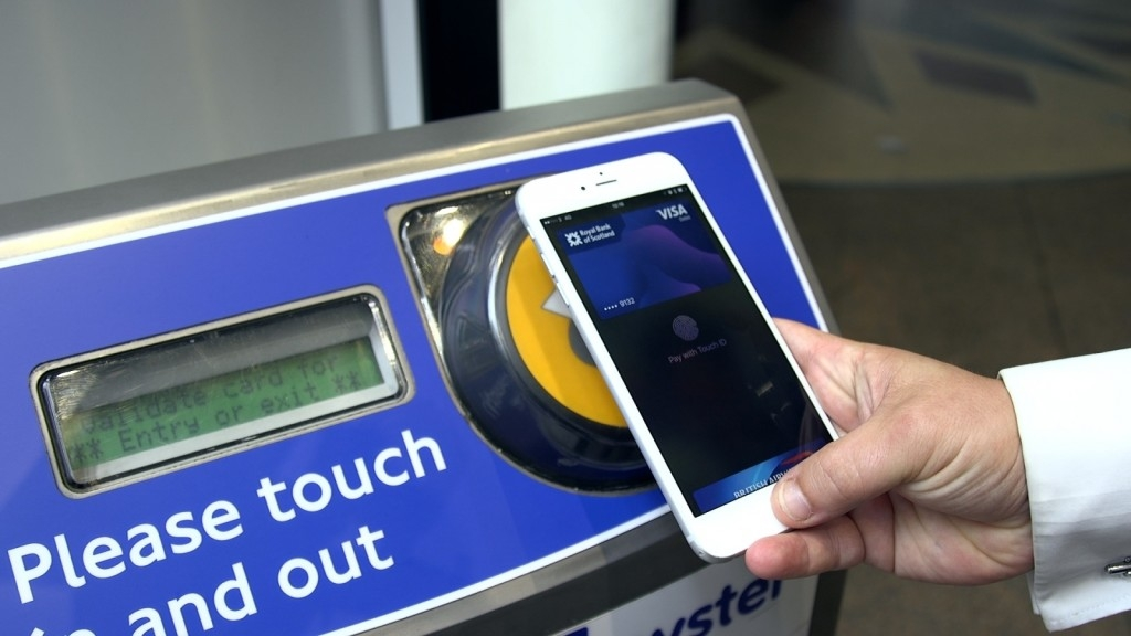 Free travel in London on Monday if you use Apple Pay and a