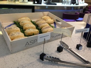 aspire lounge luton sirport review