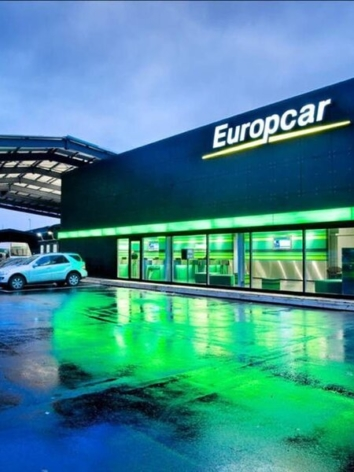 Europcar £1 UK airport car rentals one-way