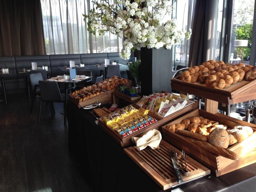 ME Milan breakfast buffet 1