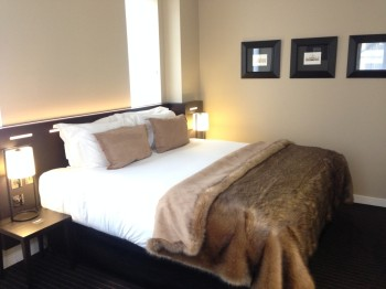 Nadler Hotel Victoria review - Bed
