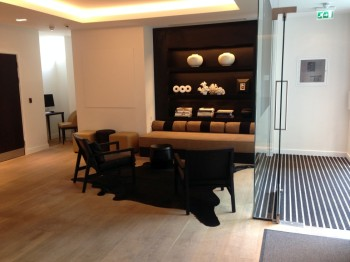 Nadler Hotel Victoria review - entrance hall