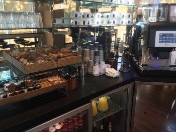 Eurostar lounge London St Pancras review