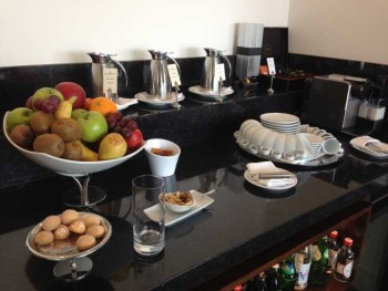 InterContinental Estoril review lounge afternoon snacks