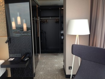 hilton tallinn park review bedroom wardrobe