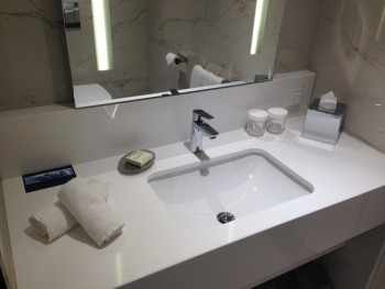 hilton tallinn park review restroom