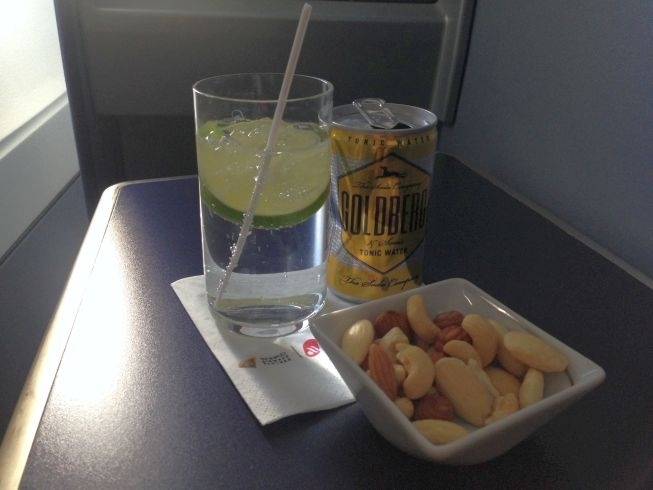 Airberlin new york berlin snack and gin and tonic