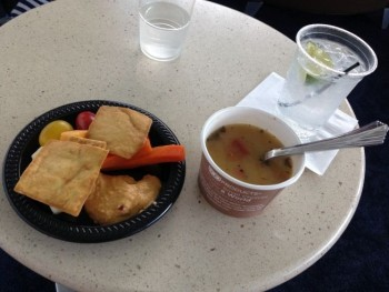 JFK airport new york admirals llounge food and drink