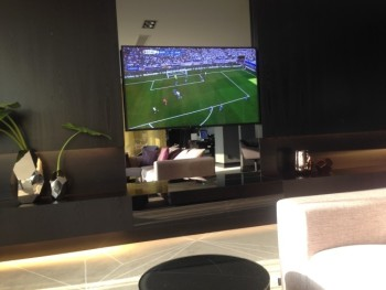 hilton tallinn executive lounge football match