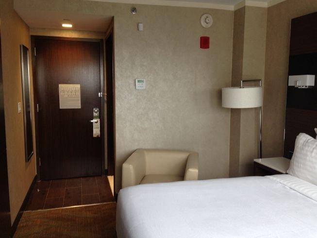 holiday inn brooklyn downtown room bed door