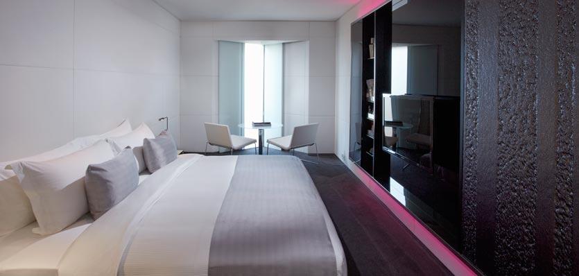 ME London MODE room