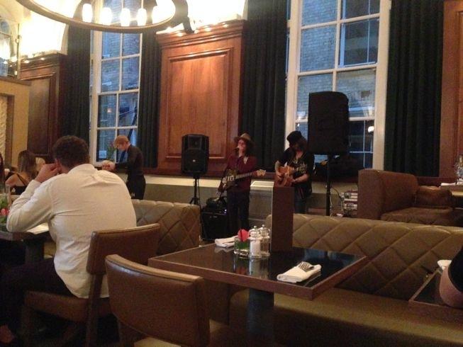 aloft liverpool restaurant NYL live music