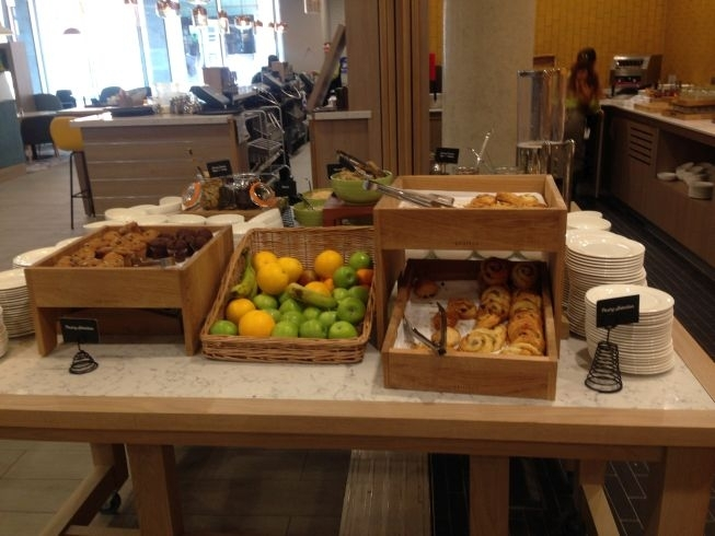 holiday inn manchester city centre review breakfast pastries fruit