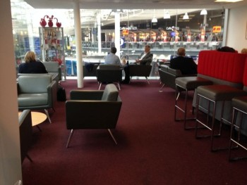 virgin trains first class lounge manchester piccadilly review