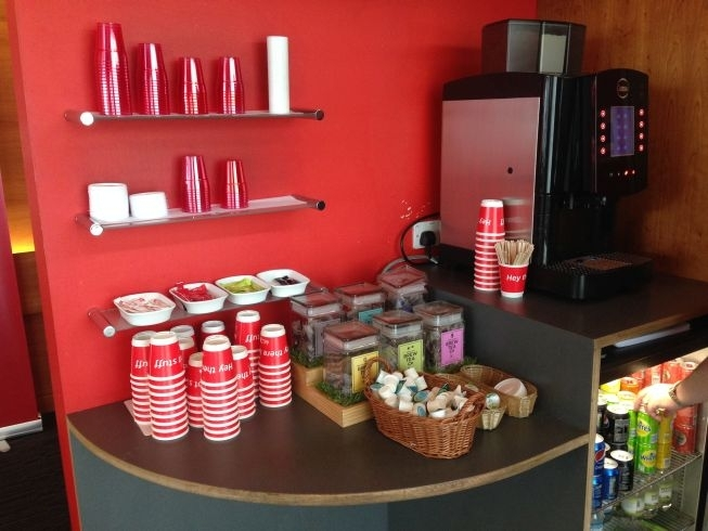 virgin train lounge liverpool street lime street station coffee machine drinks