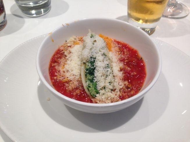 no-1-lounge-gatwick-south-pasta-dish