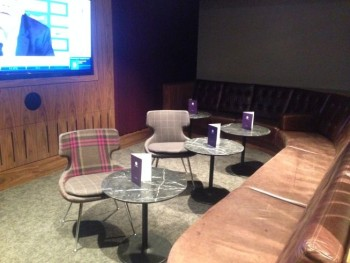 no-1-lounge-gatwick-south-tv-room
