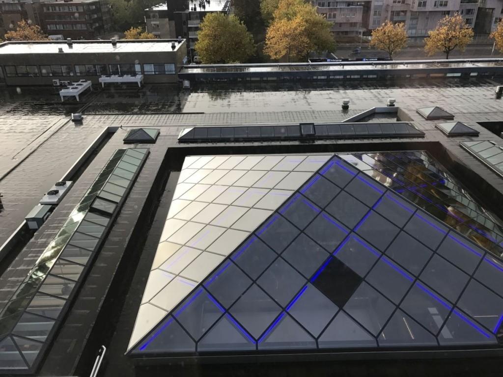 element-by-westin-amsterdam-room-view-rain