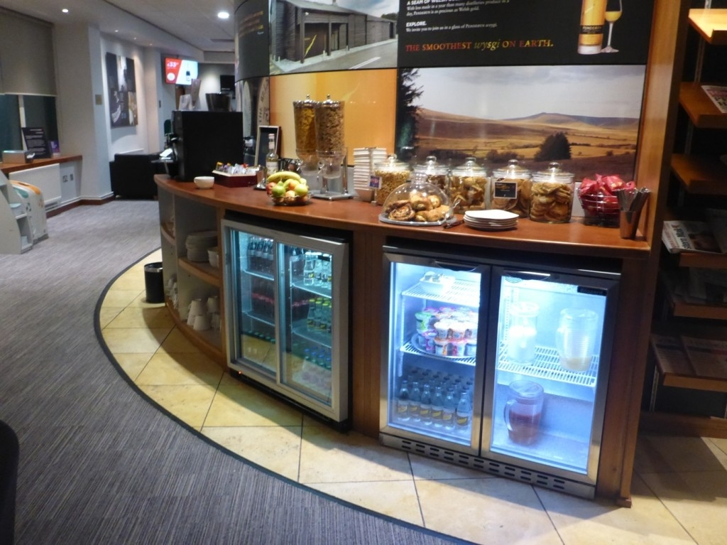 Review of the Executive Lounge at Cardiff Airport