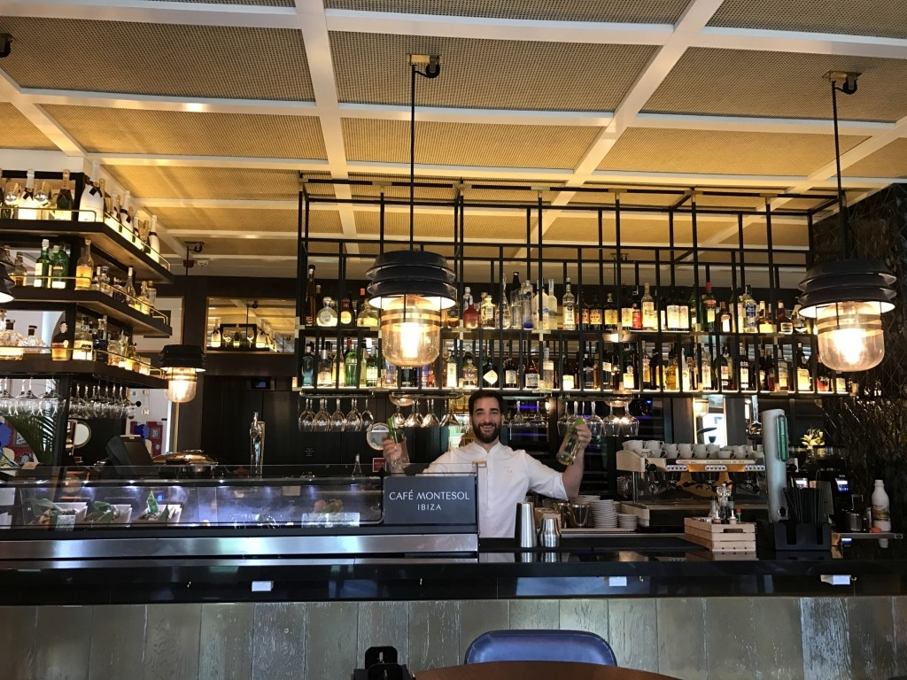 Gran Hotel Montesol Curio Hilton Ibiza bar bartender alcohol
