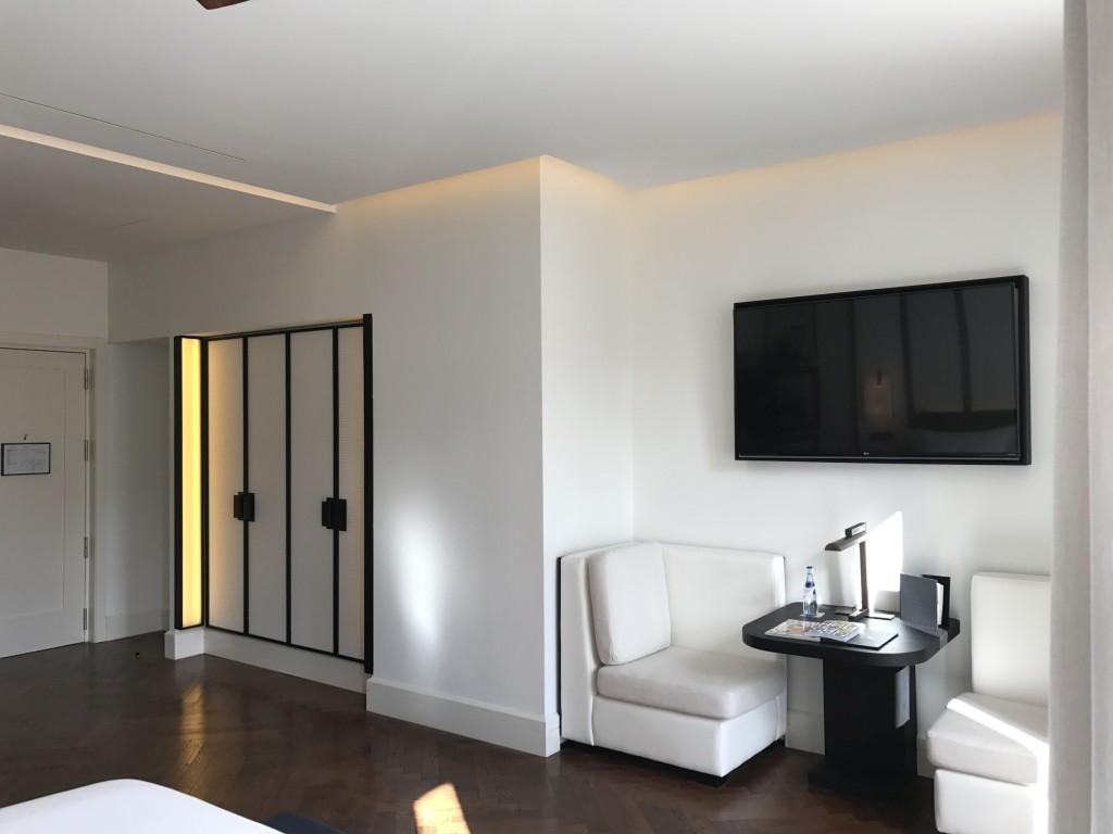Gran Hotel Montesol Curio Hilton Ibiza wardrobe table chairs 2
