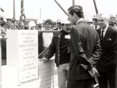 london-city-airport-prince-charles-foundation-stone-1986