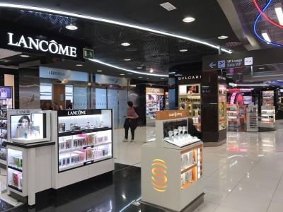 madrid airport sala velazquez lounge duty free shop