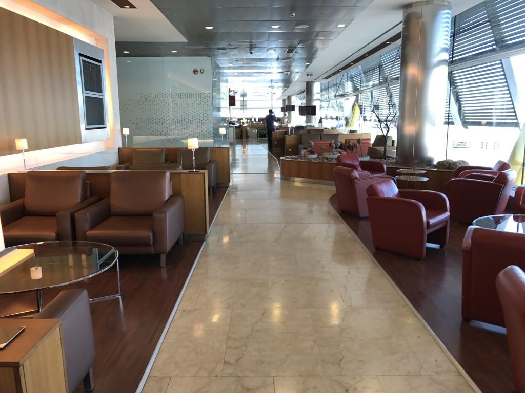 madrid airport sala velazquez lounge seating 2