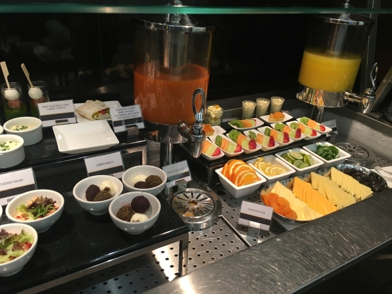 Etihad arrivals lounge review, Abu Dhabi airport