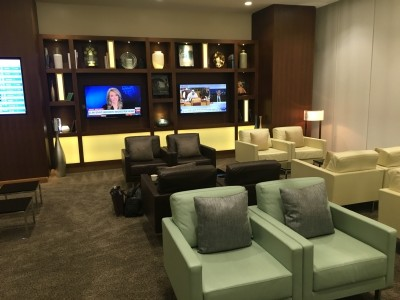 Etihad arrivals lounge review, Abu Dhabi airport