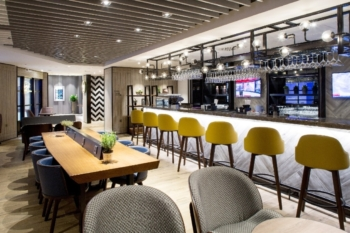 Plaza Premium Lounge Heathrow Terminal 4 arrivals