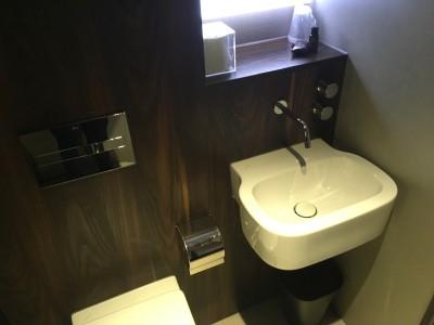 Bloc_Bathroom1