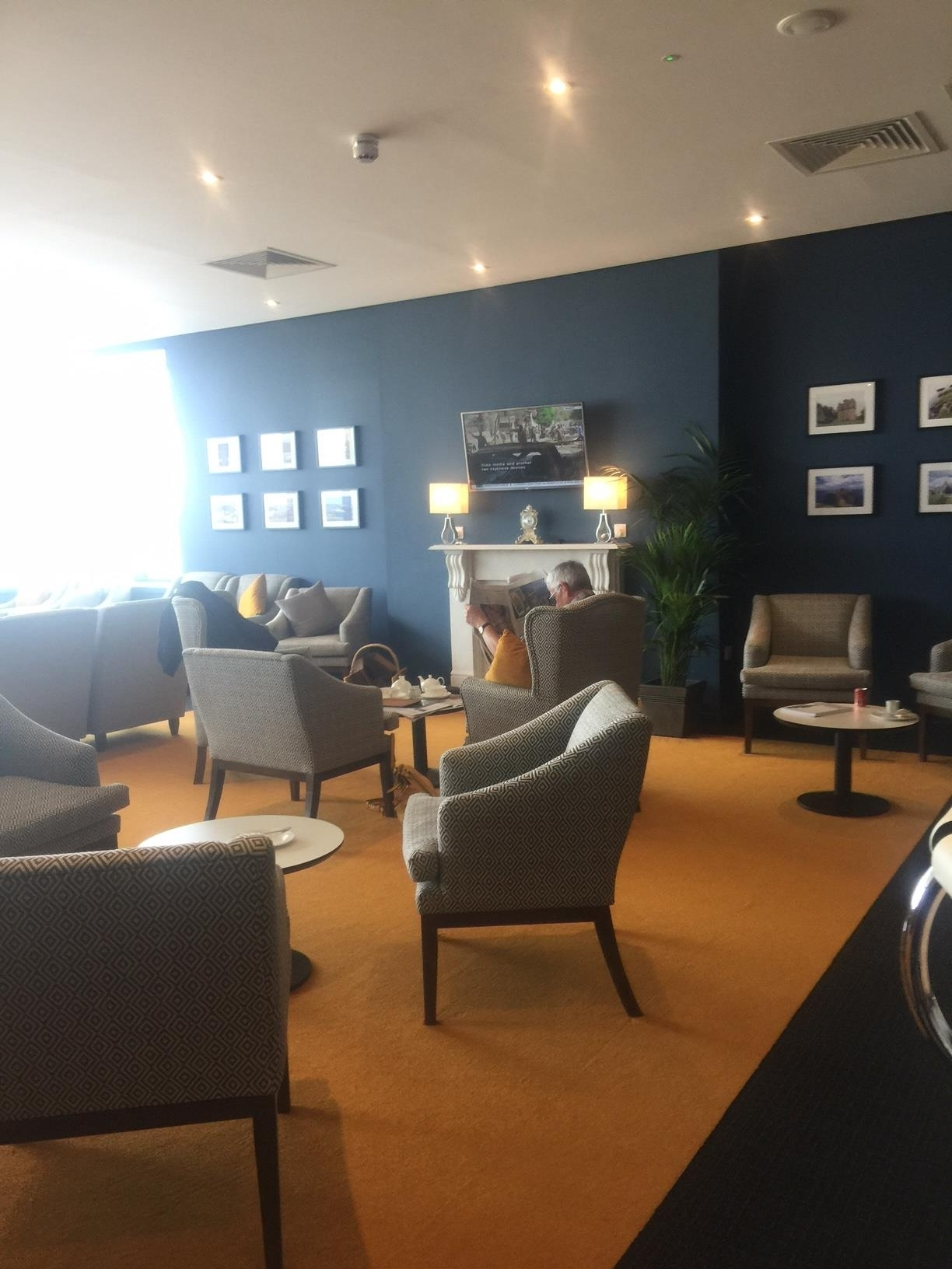 Northern Lights business lounge Aberdeen Airport review