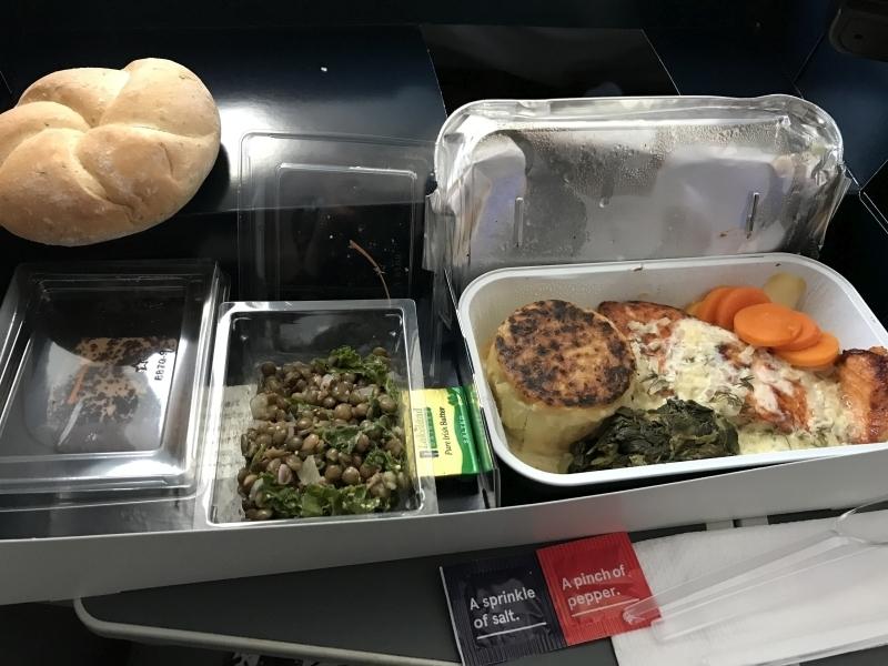 norwegian premium review - gatwick new york food premium cabin
